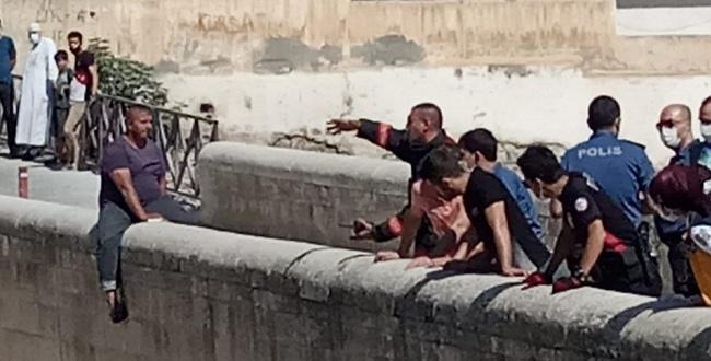 Urfa'da Ailevi sorunları Olan Genç İntihara Kalkıştı