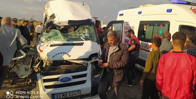 Şanlıurfa'da trafik kazası: 1 ölü, 8 yaralı!