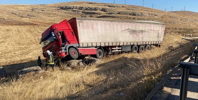 Eyyübiye'de tır kaza yaptı: 1 yaralandı