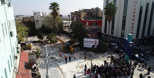 Şanlıurfa'daki Kızılay Meydanı Gün Yüzüne Çıkarılıyor