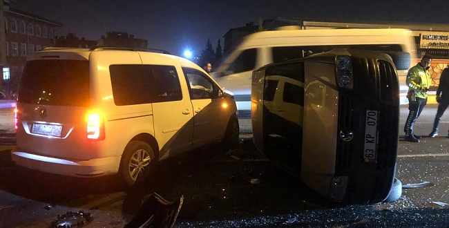 Şanlıurfa'da trafik kazası, araç takla attı