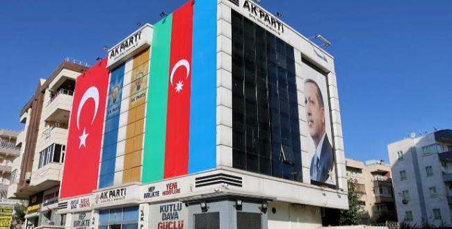 AK Parti Şanlıurfa'da 5 ilçeye başkan atandı