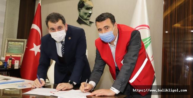 İhtiyaç sahibi ailelere müjde! Belediye ile Kızılay protokol imzaladı!