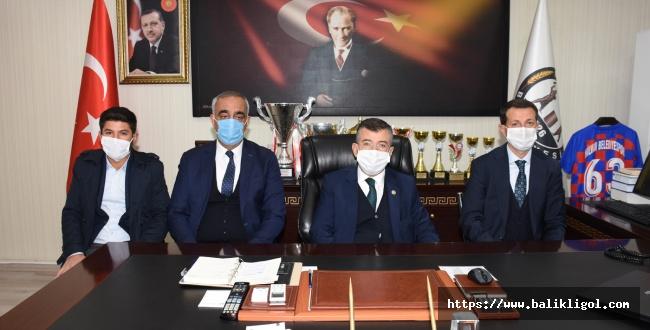 Milletvekili Cevheri Hilvan Belediye Başkanı Bayık'a ziyaret Etti