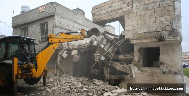Haliliye'deki o yapıların yıkım kararı uygulandı