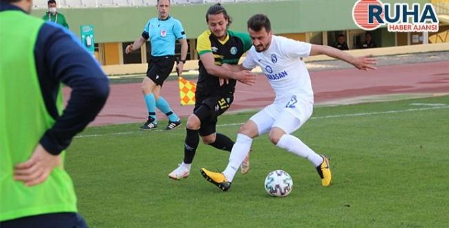 Şanlıurfaspor son dakikada penaltı ile Sarıyer'e yenildi
