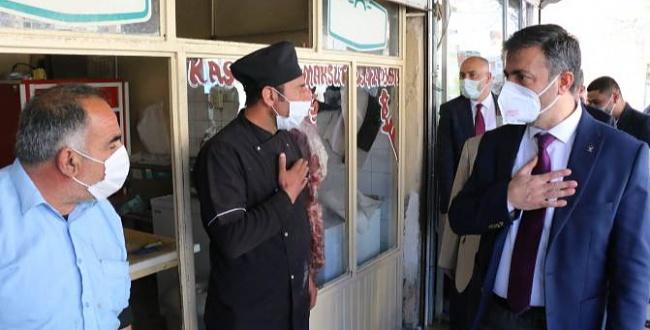 Başkan Kırıkçı Bozova İlçesine çıkartma yaptı