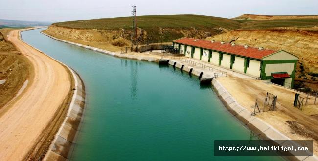 Urfa'da su kanalları açıldı, sulama başladı