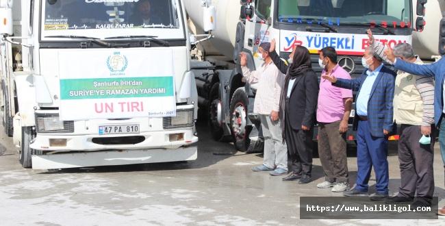 Urfa'dan Telabyad'a Un Yardımı Gitti