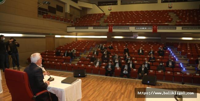 Urfa'nın Gündemindeki Trambüs Belediye Meclisinde Konuşuldu! Peki, Ne Olacak?