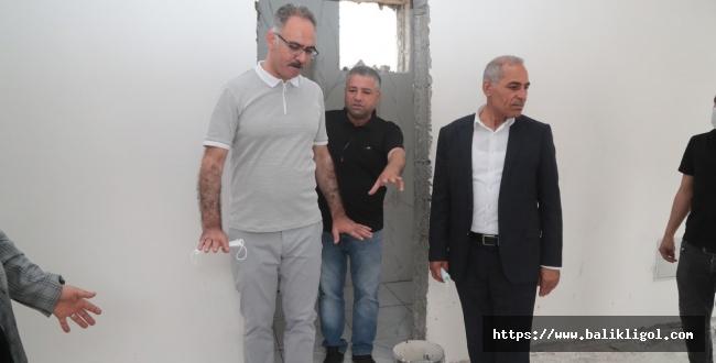 Başkan Kuş, 3 Mahallede devam eden muhtar evlerini ziyaret etti