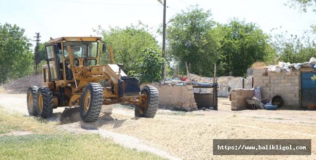 Karaköprü Yığınak köy içi yolları yapılıyor