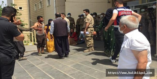 Siverek'te katliam gibi kavga: 3 kişi öldü, 6 kişi yaralandı.