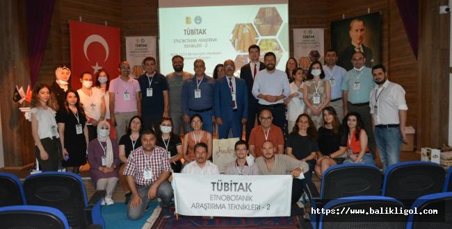 Tübitak Etnobitanik Araştırma Teknikleri Kursu Balıkesir'de Yapıldı