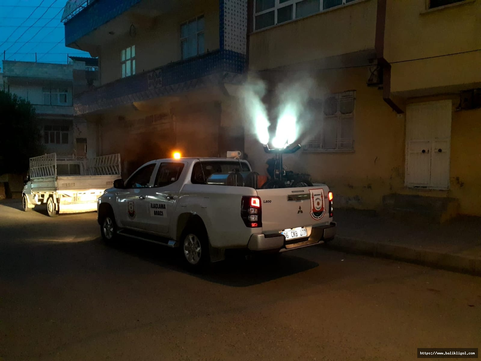 Urfa'da Belediye Vektörle Kesintisiz Mücadele Ediyor