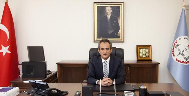Mahmut Özer, Milli Eğitim Bakanlığına getirildi