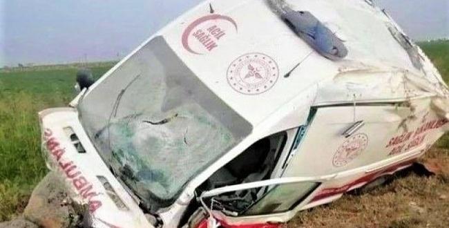 Şanlıurfa'da Ambulans devrildi: 1 ölü, 4 yaralı
