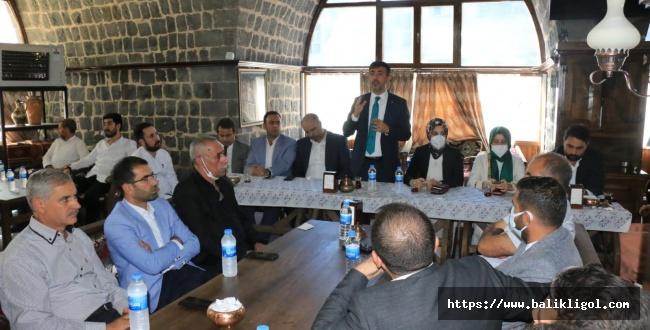 Ak parti il başkanı Kırıkçı, Siverek'te Teşkilatı ile Buluştu