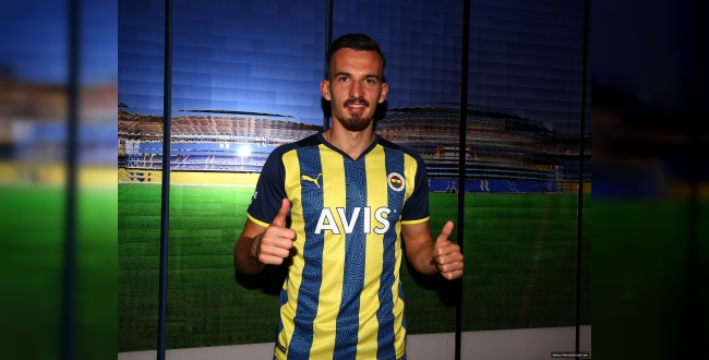 Mergim Berisha, Fenerbahçe'ye transfer oldu
