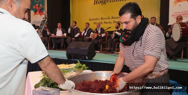 Başkan Beyazgül, Gaziantep'te Yaşayan Şanlıurfalılarla Buluştu