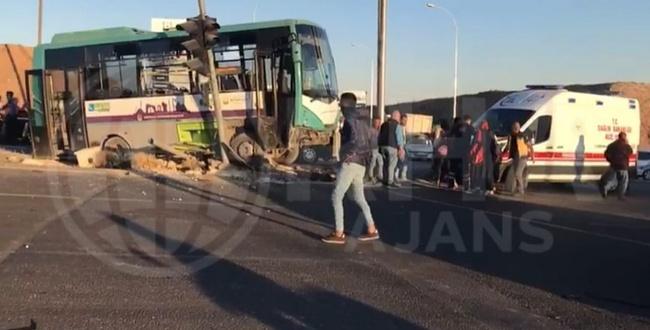 Şanlıurfa'da feci kazada: 1 Ölü 10 yaralı