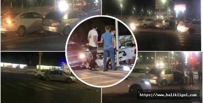 Urfa'da Emniyet Caddesi'nde Yaralamalı Trafik Kazası