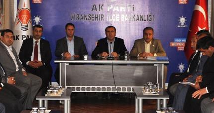 Eğilmez, Viranşehir İlçe Başkanları ile toplantı yaptı