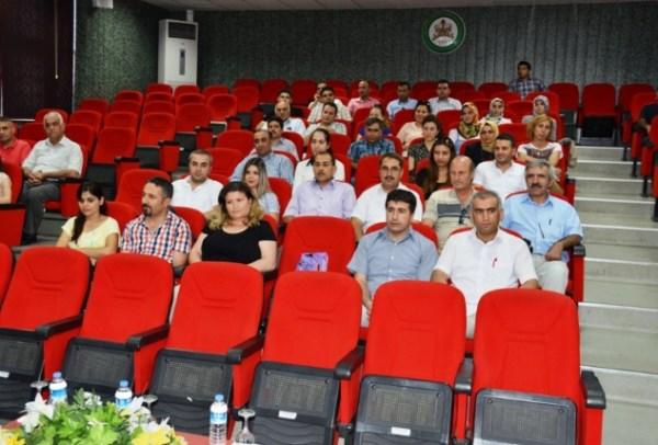 Bakan Avcı'nın toplantısına öğretmenler katılmadı