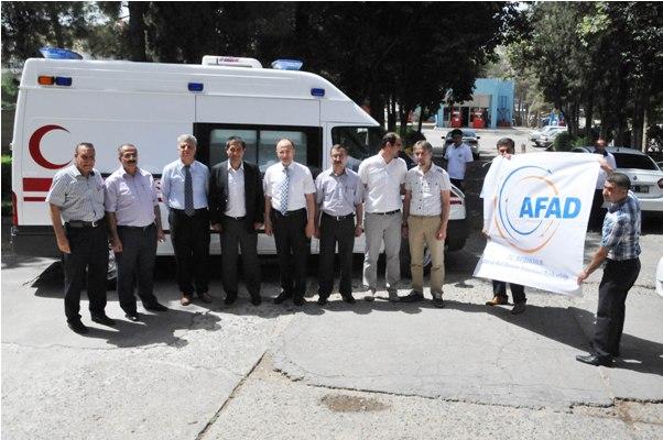 AFAD'dan İl Sağlık Müdürlüğüne Tam Donanımlı Ambulans