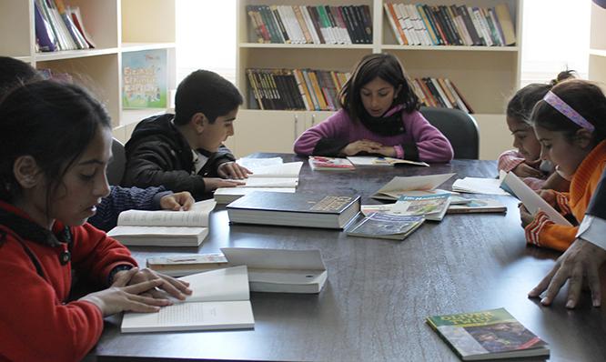 Dedaş okula kütüphane yaptı