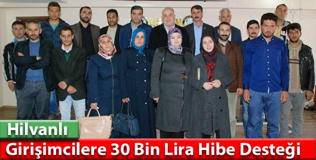 Hilvan'da bayan kursiyerlere girişimcilik sertifikası verildi