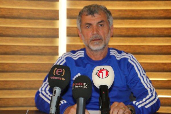 Urfaspor Teknik direktörü Erhan Altın'dan ilk basın toplantısı