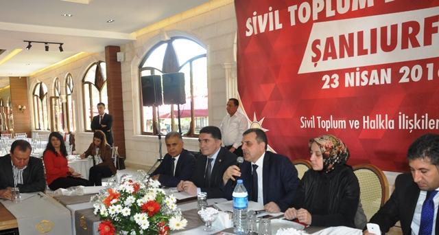 Sivil Toplum Kuruluşlarıyla Anayasa toplantısı