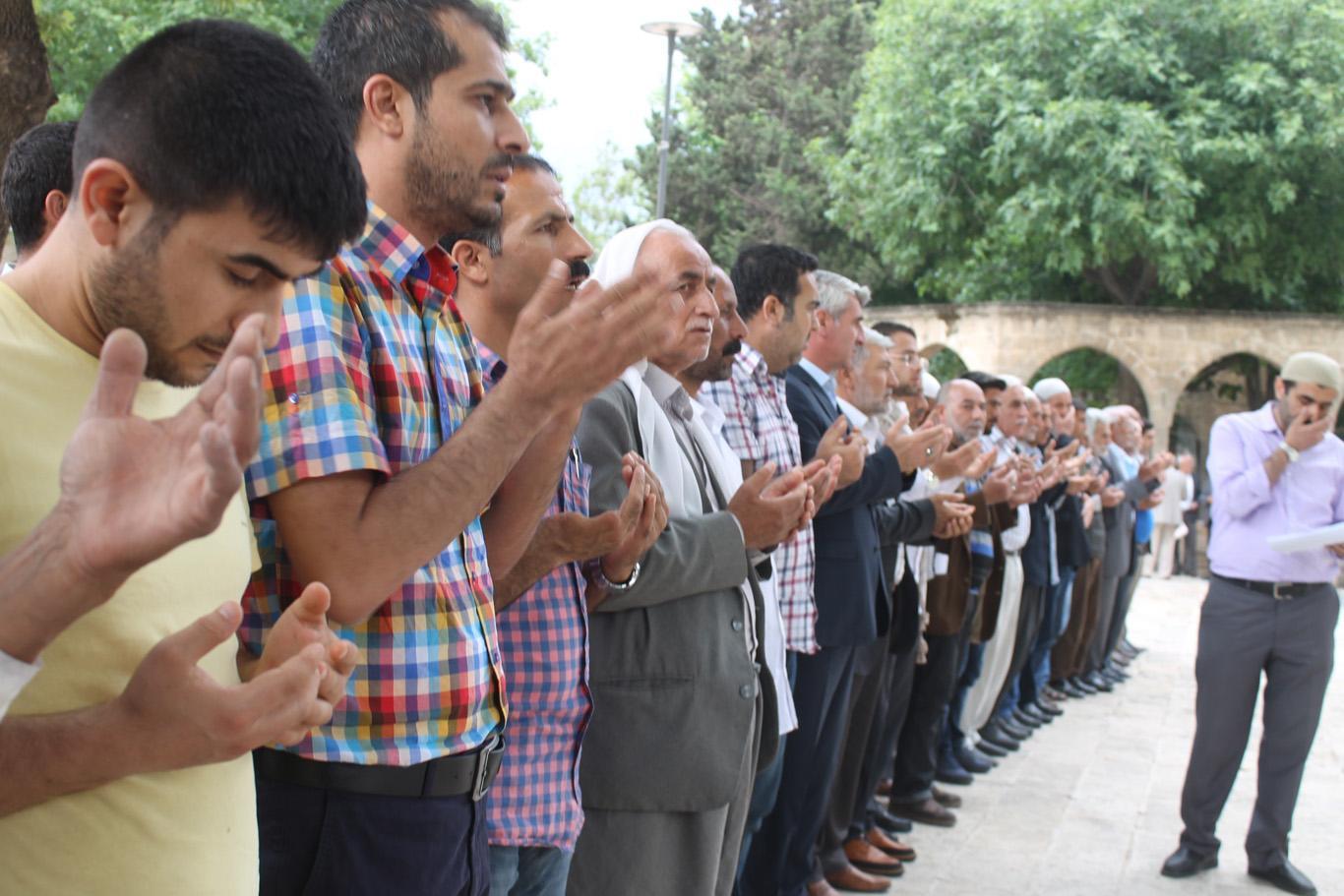 Urfa'da, idam edilen islam alimi Rahman Nizami için gıyabi cenaze namazı kılındı