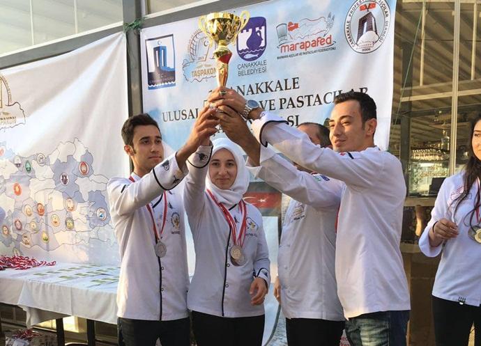 Harran Üniversitesi Aşçıları 11 Madalya Birden Aldılar