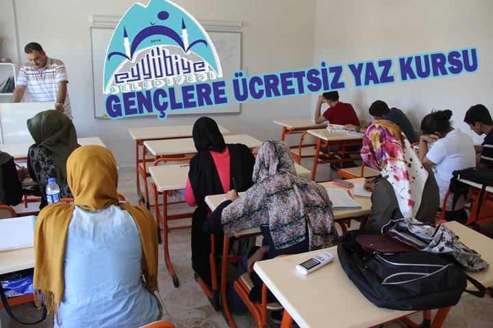 Gençlere Ücretsiz Yaz kursu çalışmaları devam ediyor