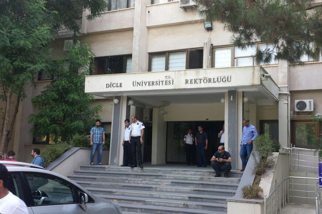 Diyarbakır Dicle Üniversitesine operasyon yapıldı