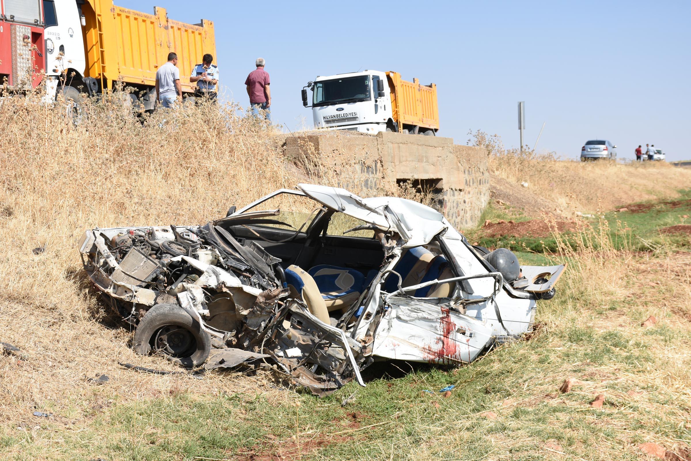 Urfa'da feci kaza! 2 ölü 4 yaralı