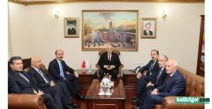 TBMM eski başkanı İsmail Kahraman'dan Urfa Valiliğine ziyaret