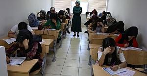 Haliliye'de Belediye, Öğrencileri Sınavlara Hazırlıyor