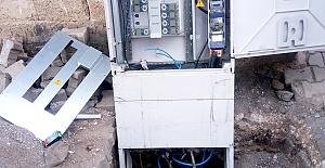 Viranşehir'de Elektrik Panoları Tahrip Edildi