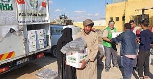 Barış Pınar'ı ile Özgürlüğe Kavuşan Halka İHH'dan Gıda Yardımı