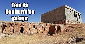 Deyr Yakup'a Tarihi (!) Bina Diktiler
