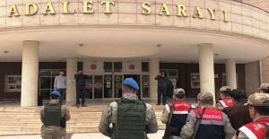 Gaziantep ve Şanlıurfa'da FETÖ Operasyonu: 6 Gözaltı