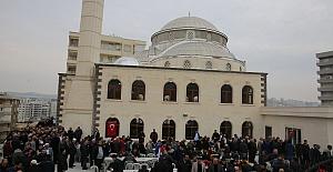Karaköprü'deki Şeker Baba Camisi İbadete Açıldı