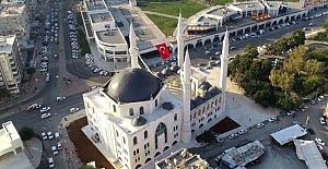 Urfa Mimarisiyle Yapılan 11 Nisan Kurtuluş Camisi İbadete Açılıyor