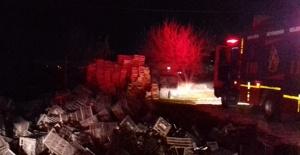 Haliliye'de iş yeri deposunda yangın