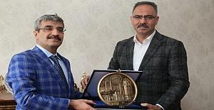 Bakan Yardımcısı Bağlı'dan Eyyübiye Belediyesine Ziyaret