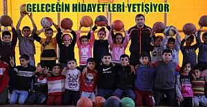 Karaköprü'de Gençler Basketbola Özendiriliyor