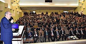 Numan Kurtulmuş Urfa'da Öğrencilere Türkiye'yi Yarınlara Taşımayı anlattı